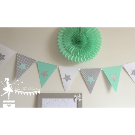 Guirlande de fanions vert mint, gris et blanc décor étoile