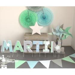Lettre décorée 12cm étoiles bleu gris et  vert mint PRIX UNITAIRE