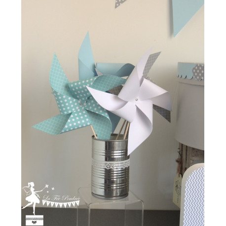 10 Moulins à vent bleu pastel, gris et blanc