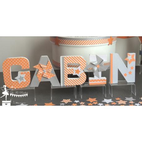 1 Lettre décorée 12cm étoile moulin orange, gris et blanc