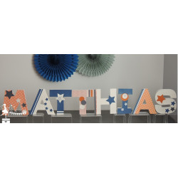 1 Lettre décorée 12cm Etoile orange marine et blanc