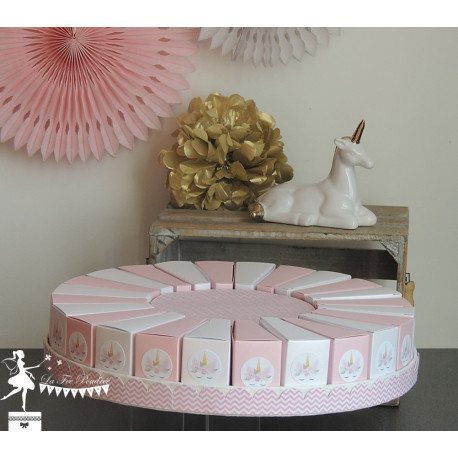 Gateau de dragées 24 parts Rose et blanc décor Licorne