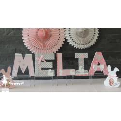 1 Lettre décorée 12cm thème lapin rose gris et  blanc