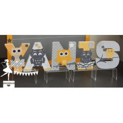Lettre décorée 12cm hibou jaune gris et blanc
