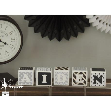 Cubes déco noir, gris et blanc