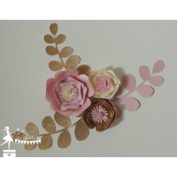 Décoration fleurs 3D Rose, ivoire et doré LOT de 3