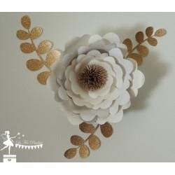1 Fleur 3D Blanche et doré 3 branches feuilles dorées