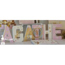 1 Lettre décorée 20 cm Fée rose pastel ivoire et doré
