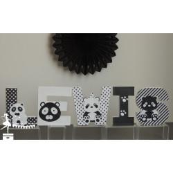 Lettre décorée 12cm panda noir, blanc et vert mint