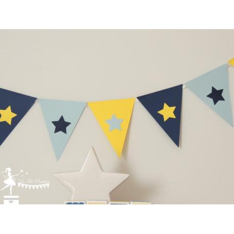 Guirlande de fanions marine, bleu pastel et jaune décor étoile