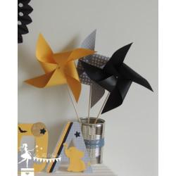 10 Moulins à vent jaunes gris et noir