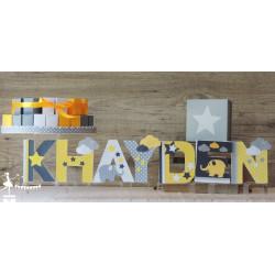 1 Lettre décorée 12cm étoile nuage et éléphant jaune et gris
