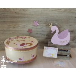 Toise en bois Cygne et fleurs rose, rose gold et doré personnalisable