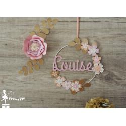 Cercle décoré prénom thème fleur rose pastel, pêche, ivoire et doré