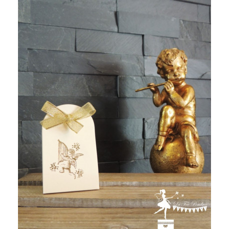 Boite à dragées ivoire Ange et ruban dorés