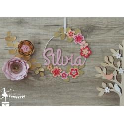 Cercle décoré prénom thème fleur fuschia, rose pastel, pêche et doré