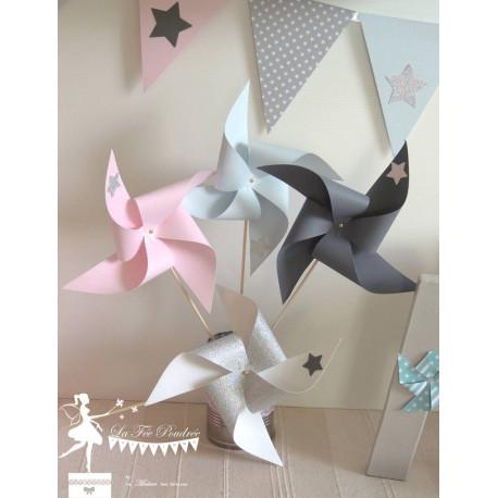 10 Moulins à vent rose, bleu pastel et gris décor étoile