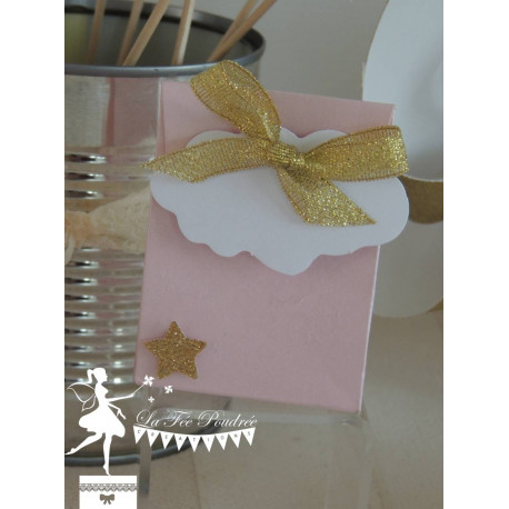 Boite à dragées rose nacré nuage et mini étoile et ruban doré