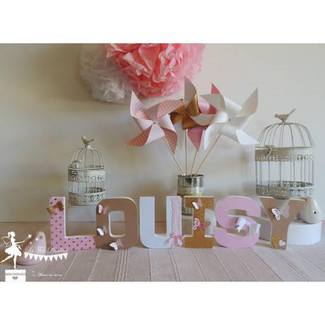 1 Lettre décorée 12cm papillon rose kraft blanc et doré