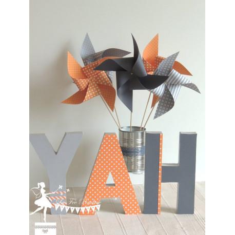 10 Moulins à vent orange & gris