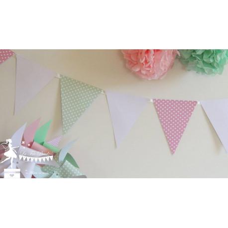 Guirlande de fanions rose, vert pastel et blanc