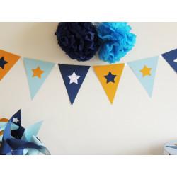 Guirlande de fanions marine bleu pastel et jaune décor étoile