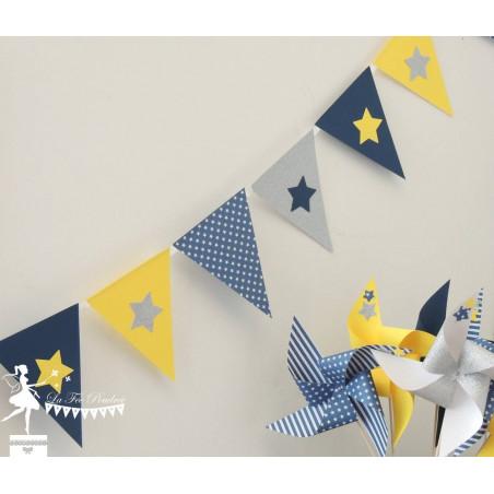 Guirlande de fanions marine jaune et argent décor étoile