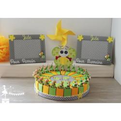 1 Cadre Parrain/Marraine chenille et fleurs vertes et jaunes