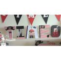 1 Lettre décorée 12cm Pirate rouge, noir et blanc