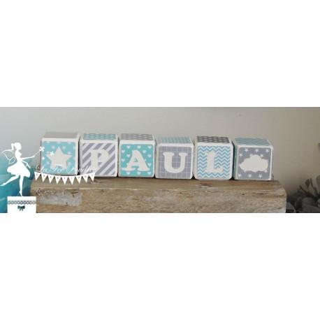 Cubes prénom décorés bleu gris et blanc